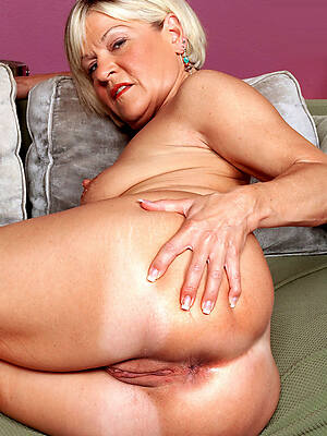 mature ass spread see porn pics