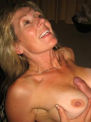 sexy milf tit job pictures