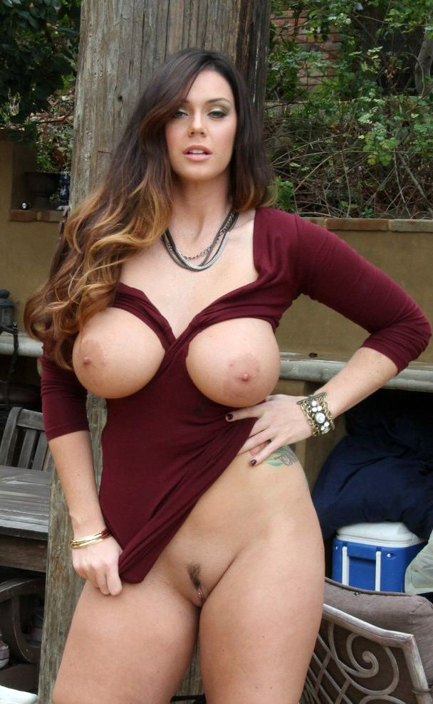 Milf pornpics Stunning Naked