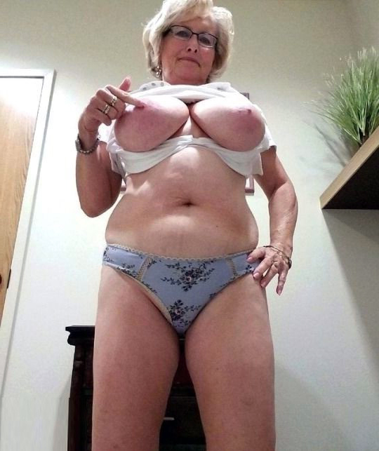 amateur hairy pussies masterbating